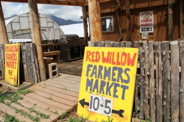 Red Willow Farmers Market sign. Photo by Angelo Baca