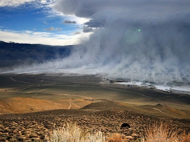 Dust storm over Owens Lake