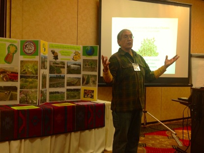 Woody presenting about the Ho-Chunk garden at the Great Lakes Indigenous Farming Conference, April 2014. Photo by Elizabeth Hoover