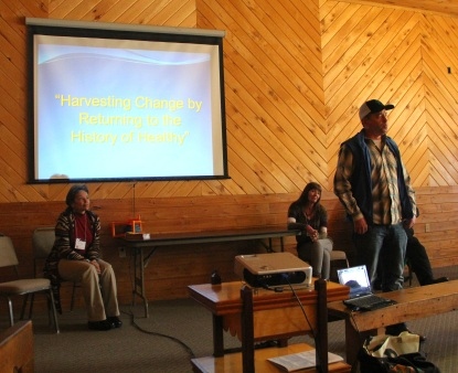 Dan Cornelius from the Intertribal Agriculture Council (IAC), and Pati Martinson and Terrie Bad Hand from the Taos County Economic Development Corporation (TCEDC) discussed the Native American Food Sovereignty Alliance (NAFSA). Through its continued development, NAFSA hopes to support Native community food sovereignty projects across the country. Photo by Elizabeth Hoover